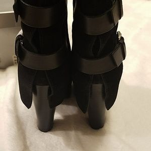 Report Shoes - Report Footwear Monroe Heeled Boots NIB